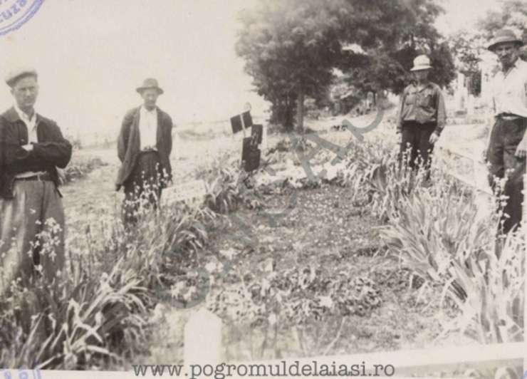 Gropi comune cu victime ale Pogromului de la Iași
