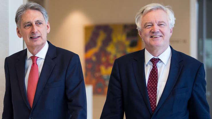 Phillip Hammond și David Davis
