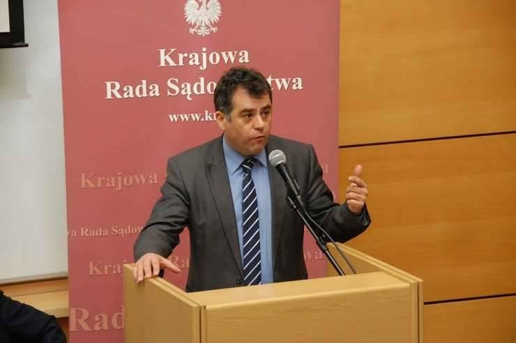 Judecatorul Horatius Dumbrava spune ca abrogarea recursului compensatoriu trebuie dublata si de alte masuri