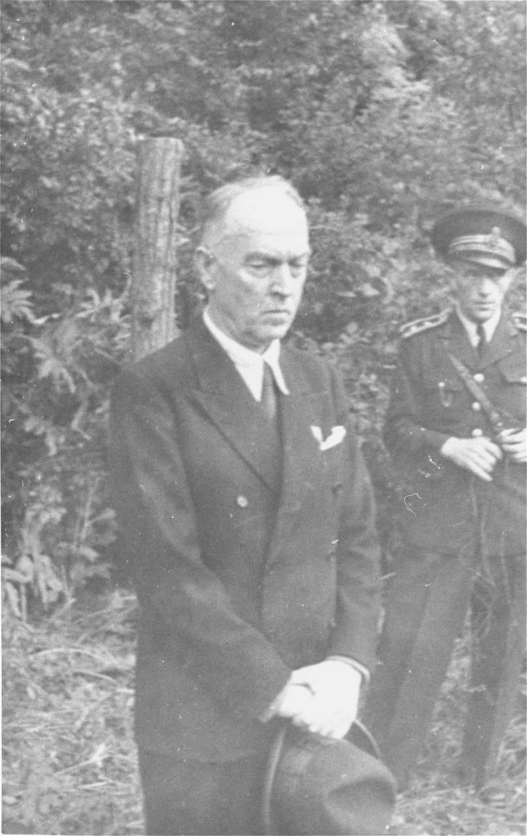 Ion Antonescu la stâlpul de execuție