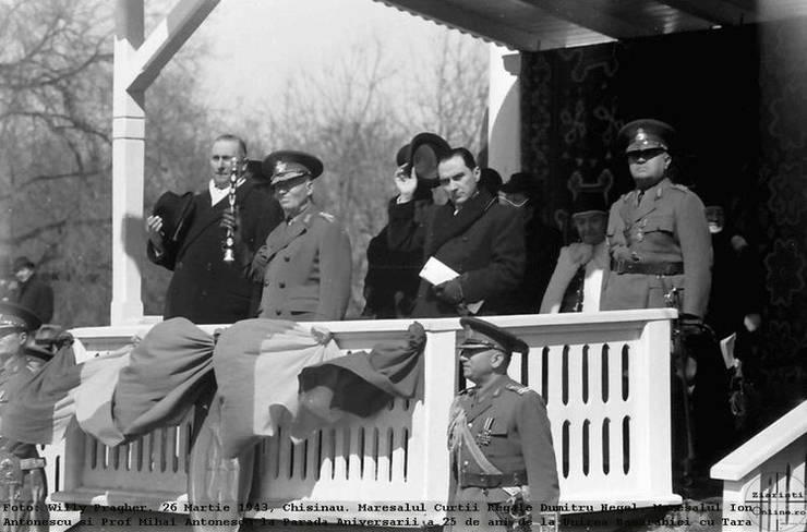 Ion Antonescu și Mihai Antonescu la Chișinău, 26 aprilie 943