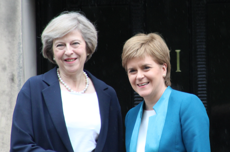 Theresa May și Nicola Sturgeon