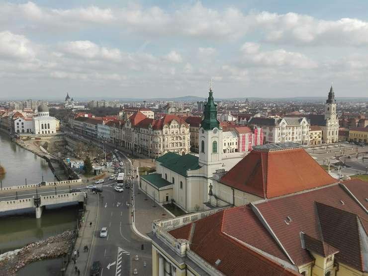 Piaţa Unirii din Oradea, imagine din turnul Primăriei (Foto: RFI/Cosmin Ruscior)
