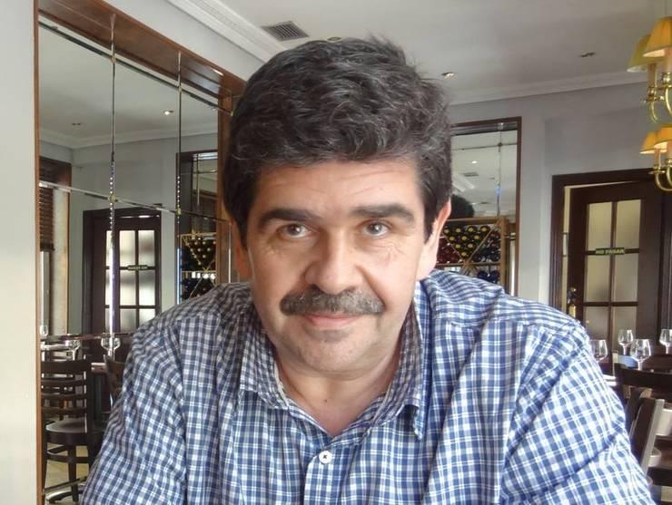 Scriitorul Radu Paraschivescu
