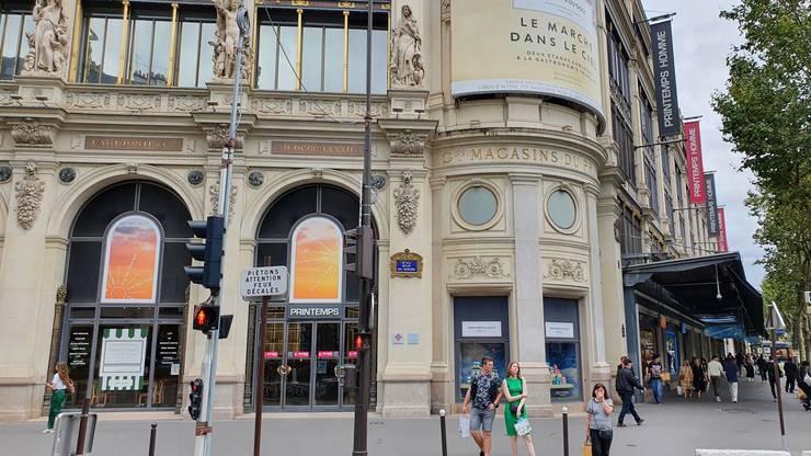 Ca si Galeries Lafayette, magazinul Printemps nu mai cerea marti prezentarea pasaportului sanitar.