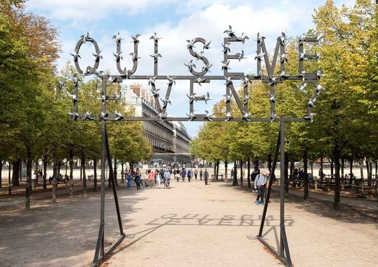 Qui seme le vent - lucrarea semnata de francezul Pierre Ardouvin poate fi vazuta în Jardin des Tuileries, Paris.