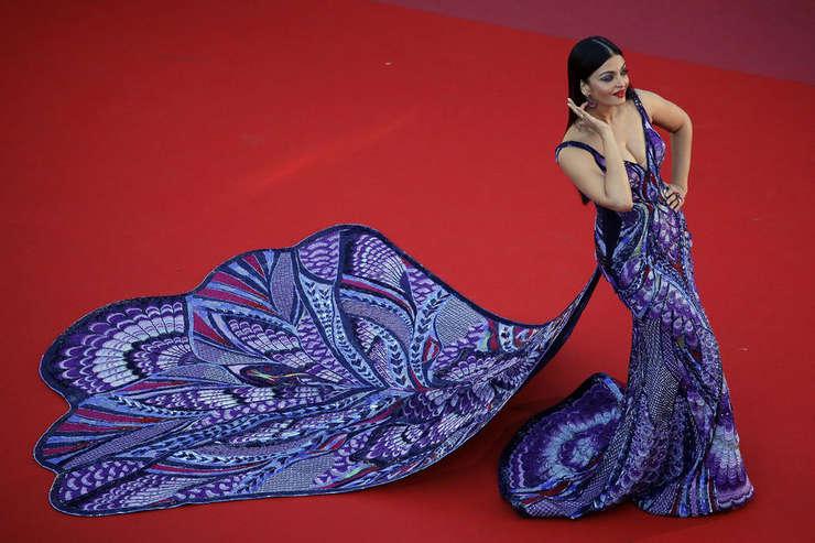 Aishwaya Rai, fostà manechinà si actrità indianà, pe covorul rosu de la Cannes