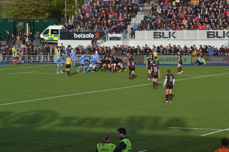 Saracens 44 London Irish 13