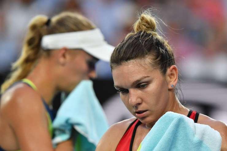 Simona Halep, afectată de căldură, la Australian Open (Sursa foto: ausopen.com)