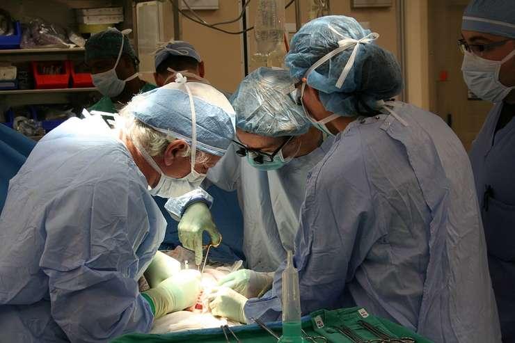 Ministrul Sănătății spunea acum câteva zile că în România nu se poate face transplant de plămân în condiții de siguranță
