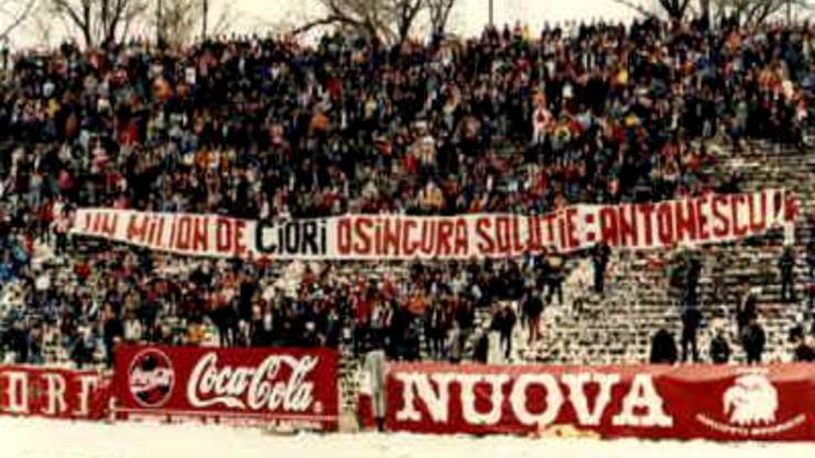 Banner rasist pe stadion