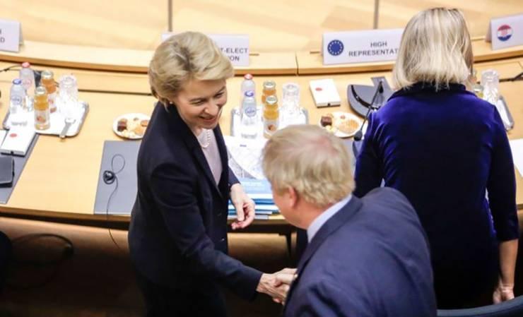 Ursula van der Leyen și Boris Johnson