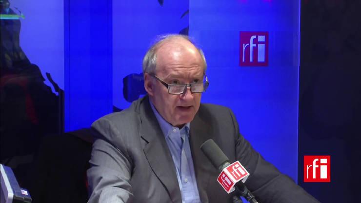 Hubert Védrine în studiourile RFI, 2017