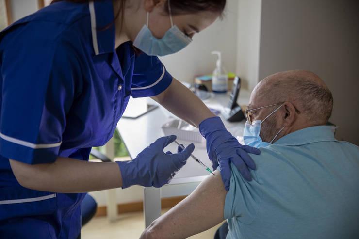 Voluntar vaccin Coronavirus