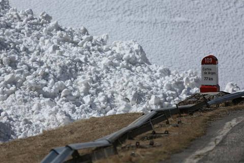ANM renunţă la informările privind riscul de avalanşă, specialiştii atrag atenţia asupra implicaţiilor