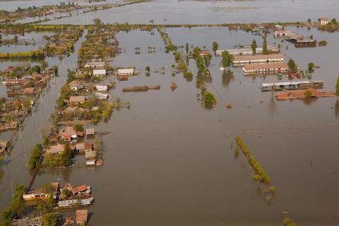 Mircea Duţu: Cartografierile, pe cale a fi depăşite; trebuie să învăţăm să convieţuim cu apele