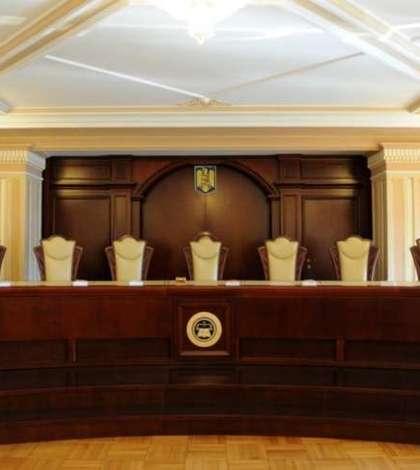 O parte dintre modificările aduse Codului de procedură penală sunt neconstituţionale, a decis CCR. Legea se întoarce în Parlament.