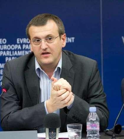 Europarlamentarul Cristian Preda critică PSD în chestiunea pensiilor speciale (Sursa foto: Facebook/Cristian Preda)