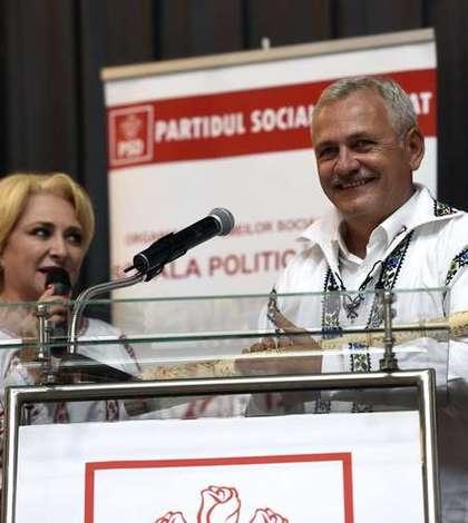 Viorica Dăncilă și Liviu Dragnea, relații în răcire? (Sursa foto: Facebook/PSD)