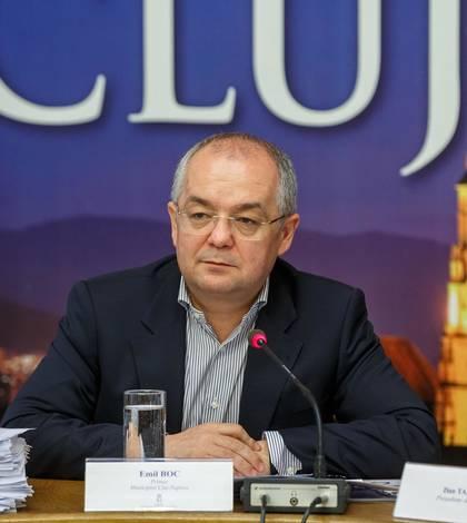 Emil Boc critică revoluţia fiscală (Sursa foto: Facebook/Emil Boc)