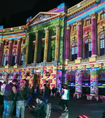 Clădirea Bibliotecii Centrale Universitare, printre cele mai fotografiate la SPOTLIGHT 2017 (Foto: RFI)