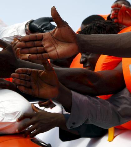 Peste 2000 de imigranţi au murit în Mediterană de la începutul anului