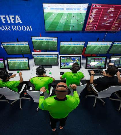Arbitrajul video (VAR) provoacă polemici la Campionatul Mondial de fotbal din Rusia (Sursa foto: fifa.com)