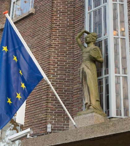 Steagul European la Haga