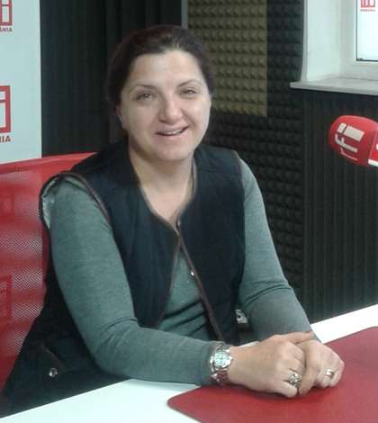 Raluca Prună, în studioul RFI (arhivă)