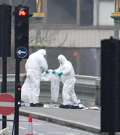 Atentat terorist pe Podul Westminster
